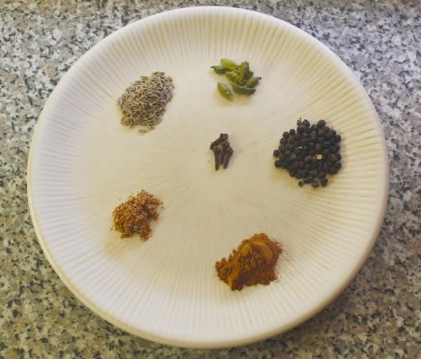 melekesha-spice-ingredients-ethiopian-cuisine